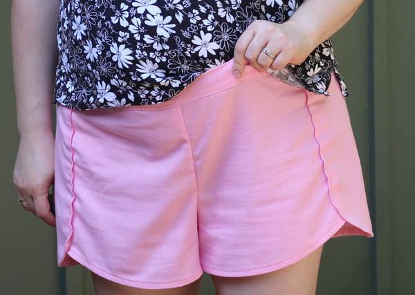 Pink Linen Nantucket - Front waistband